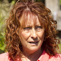 Irene Robertsplayed by Lynne McGranger