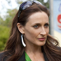 Roo Stewart played by Georgie Parker