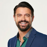 John Gidding - Expert played by John Gidding