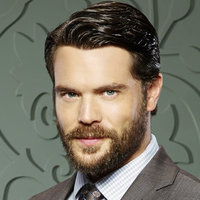 Frank Delfino played by Charlie Weber