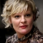 Edie Weitz played by Martha Plimpton
