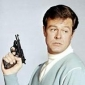 Kelly Robinsonplayed by Robert Culp