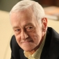 Walterplayed by John Mahoney