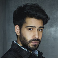 Dr. Ravi Chakrabarti played by Rahul Kohli