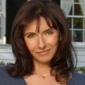 Helen Girardi played by Mary Steenburgen