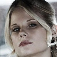 Ava Crowder played by Joelle Carter