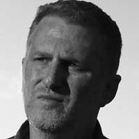 Daryl Crowe Jr. played by Michael Rapaport