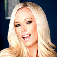 Kendra Wilkinson Kendra on Top