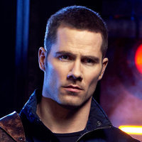 D'Avin played by Luke Macfarlane