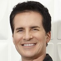 Donaldplayed by Hal Sparks