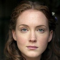 Laura Timmins played by Olivia Hallinan