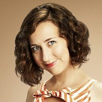Carol Pilbasian played by Kristen Schaal