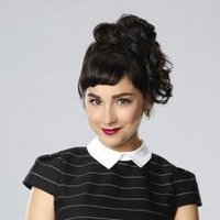 Mandy Baxter 1 played by Molly Ephraim