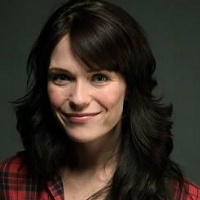 Amy Haller played by Katie Aselton Image
