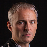 DCC Mike Dryden played by Mark Bonnar