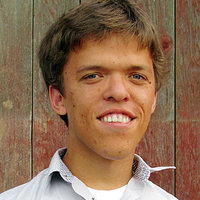 Zachary Roloff played by Zachary Roloff