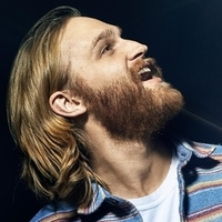 Sean Dudley played by Wyatt Russell