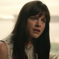 Jessica Harris played by Selma Blair
