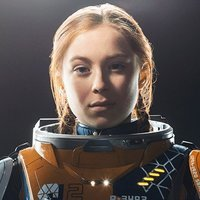 Penny Robinson played by Mina Sundwall