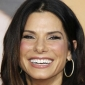 Sandra Bullock Love Chain