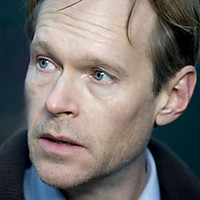 DCI Ian Reed played by Steven Mackintosh