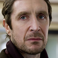 Mark North played by paul_mcgann