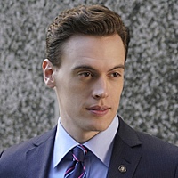 Blake Moran played by Erich Bergen