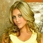Lauren Tannerplayed by Cassie Scerbo