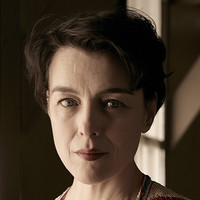Liza Winter played by Olivia Williams