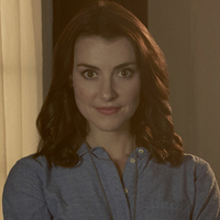 Detective Brigid O'Reilly played by Emma Lahana