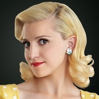 Betty DiMello played by Annaleigh Ashford