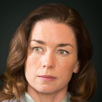 Dr. Lillian DePaul played by Julianne Nicholson