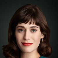 Virginia Johnson played by Lizzy Caplan