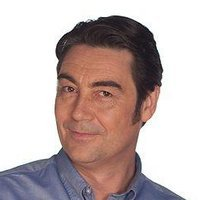 Tom Marshall played by Nathaniel Parker