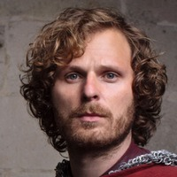 Sir Leon played by Rupert F Young