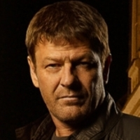 Paul Winstoneplayed by Sean Bean