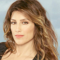 Calista Raines played by Jennifer Esposito