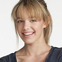 Violet played by Sadie Calvano