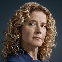 Donna Hodges played by Nancy Travis