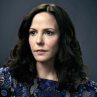 Janey Patterson played by Mary-Louise Parker