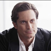 Jeff Fordham played by Oliver Hudson