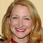 Narrator (9) played by Patricia Clarkson