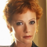 Jenny Shepard played by Lauren Holly