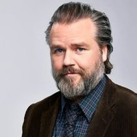 Dr. Iggy Frome played by Tyler Labine