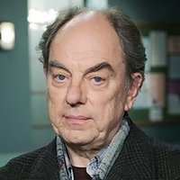 Brian Lane played by Alun Armstrong
