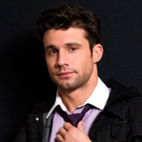 Sean Pierce played by Dillon Casey