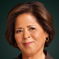 Gloria Akalitusplayed by Anna Deavere Smith