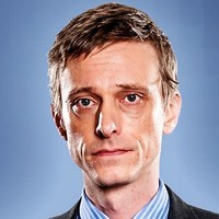 Peteplayed by Mackenzie Crook