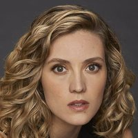Dr. Delphine Cormier played by Evelyne Brochu