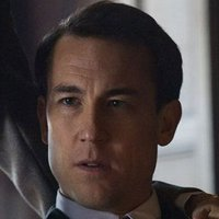 Frank Randall played by Tobias Menzies